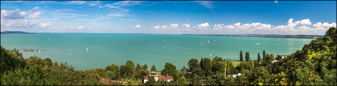 siofok single personals Lake balaton is a favorite tourist destination in hungary in the summer and it is the largest freshwater lake in europe the beaches around lake balaton come alive as soon as the weather gets warm.