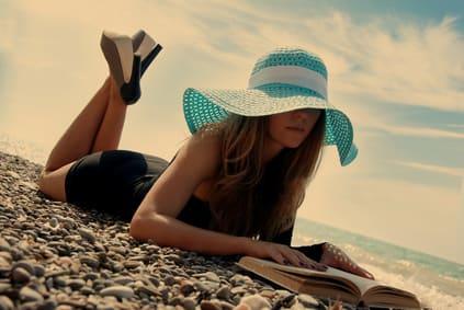 Urlauberin relaxed am Balaton